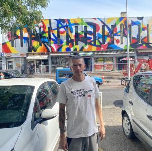 une fresque aux couleurs de la solidarité.