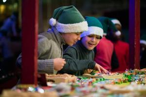 Pères Noël verts : soirée de lancement du 19 décembre 2015 au musée des arts forains