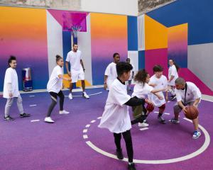 Basket avec les enfants accueillis par le SPF de Paris et Rudy Gobert