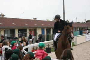 Les Copain du monde se passionnent pour les chevaux
