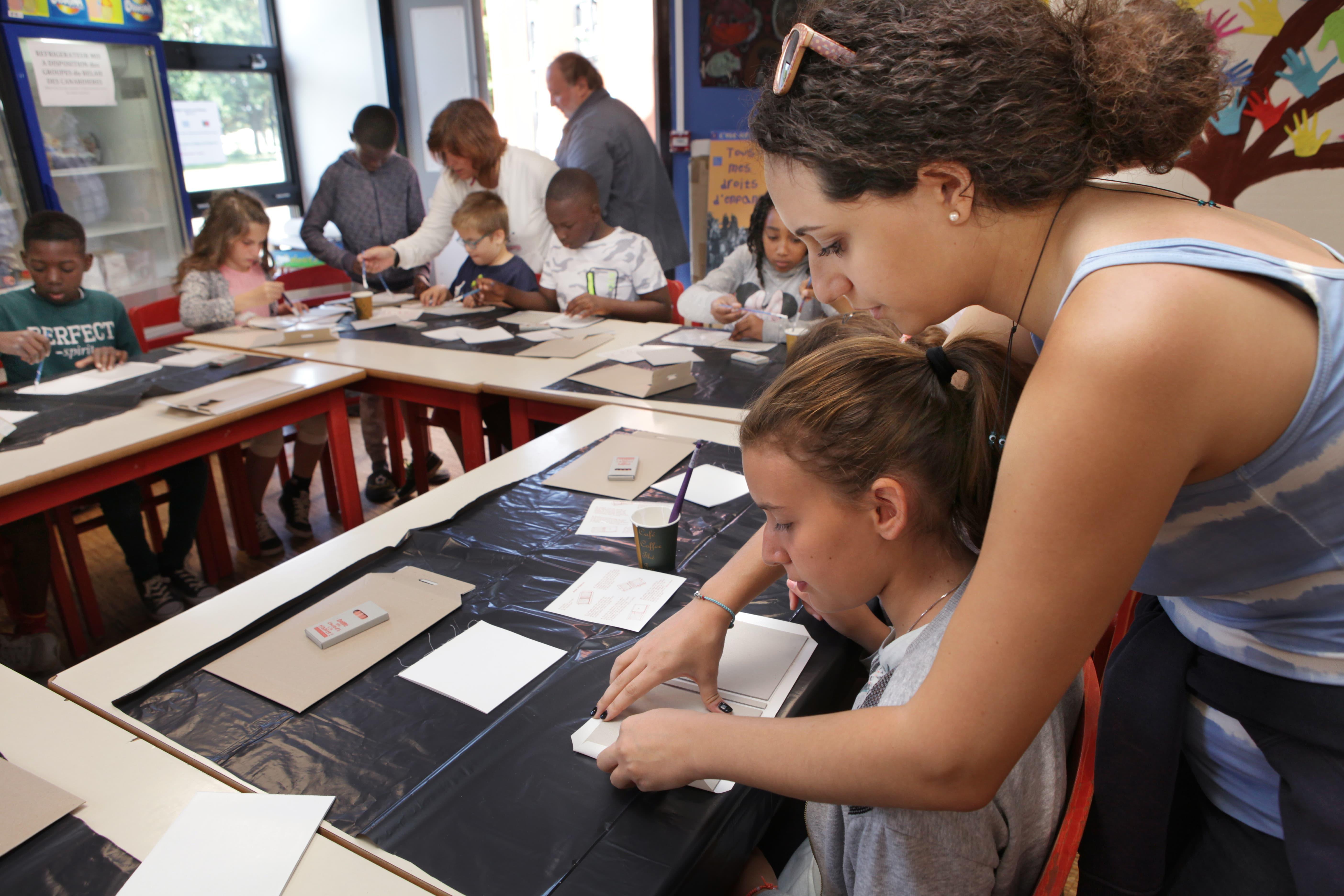 education-populaire-acces-pratiques-culturelles-secours-populaire-donactions-zenith-de-la-solidarité