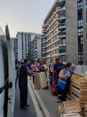 Les ressources des catégories populaires, des salariés en chômage partiel, des étudiants et des indépendants se sont effondrées à Grigny (Essonne), la ville la plus pauvre d'Ile-de-France, comme partout ailleurs.